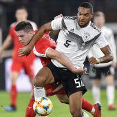 Deutschland startete mit 1:1 gegen Serbien