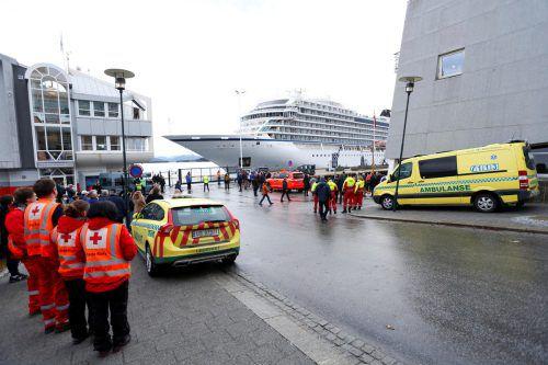 Konnte gestern sicher im Hafen von Molde anlegen: die havarierte Viking Sky. ap