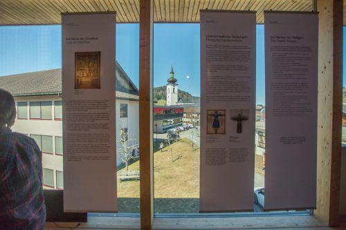 Leihgaben für die Ausstellung kommen unter anderem aus dem Diözesanmuseum in Brixen oder dem Volkskunstmuseum in Innsbruck.VN/Steurer