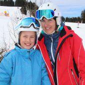 Vereinsmeisterschaft der Skifahrer bei Sonnenschein