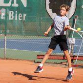 Frühlingserwachen auf dem Tenniscourt