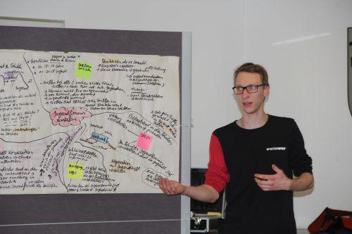 Mario Trautner gab Einblick in die Arbeit des Jugendforums. STR