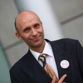 Kleinparteien mühen sich für EU-Wahl-Kandidatur ab