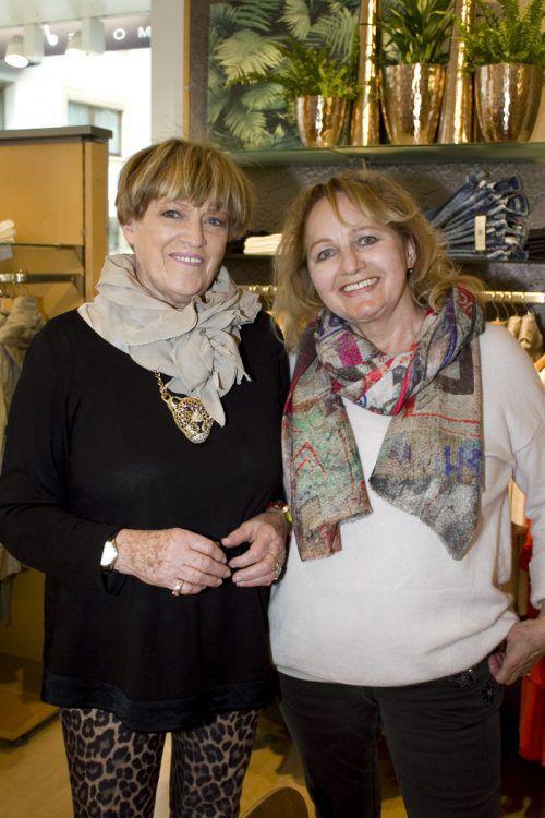 Roswitha Haslinger (l.) und Irene Fink ließen sich inspirieren.