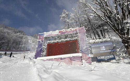 Schönes Wetter, aber zu viel Schnee. Sotschi war für die Weltcupdamen keine Reise wert.gepa