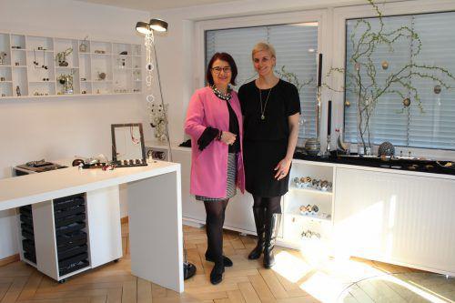 Sonja Martin und Cindy Konzett im Atelier. Heilmann