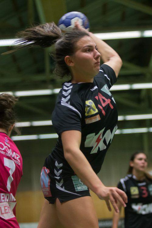 SSV-Linkshänderin Leonie Gerbis hält bei 54 Saisontreffern.Steurer