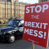 May lässt doch nicht über Brexit-Deal abstimmen