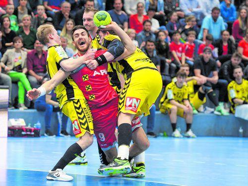Teamspieler Boris Zivkovic war einer der siegbringenden Faktoren aufseiten der Roten Teufel vom Bodensee beim 27:19-Heimsieg im 92. Ländle-Derby gegen Bregenz Handball. GEPA