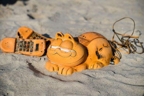 Unklar ist noch, welches Schiff wann den Garfield-Container verloren hat. AFP