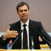 Landtagswahltermin im Oktober erzürnt die Opposition