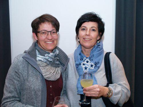Unter den Gästen: Gerda Kirmair und Susanne Dietrich.