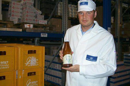 Vorarlberg Milch-Geschäftsführer Raimund Wachter im Jahr 1999, als die Vorarlberg Milch Vorreiter bei der Verwendung von Glasflaschen war. VN