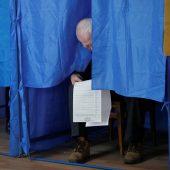Selenski gewinnt erste Wahlrunde