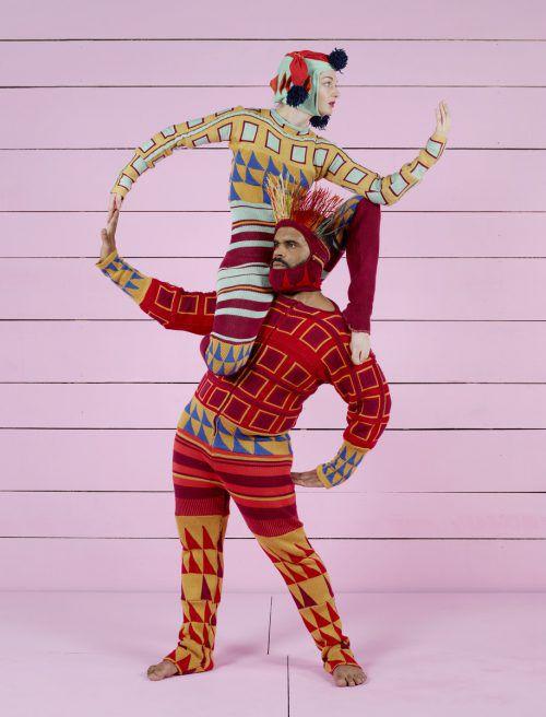 Zum Nachdenken bleibt bei diesem Tanzstück vor lauter Schauen, Hören und Staunen keine Zeit. c. FREGER
