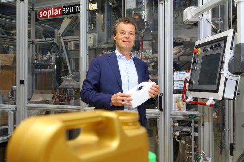 """Alpla-Chef Günther Lehner: """"Bringen Kapital und Wissen für diese Vision ein."""" VN/HB"""