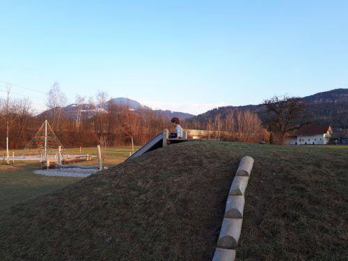 """Am Freitag wird der neue Spielplatz """"Am Mühlbach"""" offiziell eröffnet. stadt"""