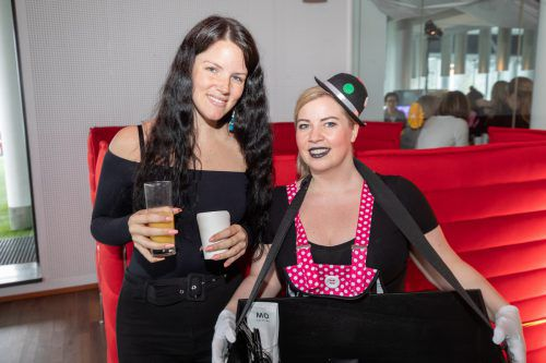 Anja Auer (Russmedia Digital) und Sandra Tasek (Antenne).