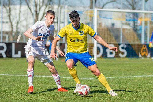 Auf Peter Jakubec und den VfB Hohenems wartet heute eine schwierige Aufgabe. Meister Anif ist zu Gast im Herrenriedstadion.VN/Stiplovsek