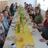 Gemeinsames Frauenfrühstück im Familientreff Bifang