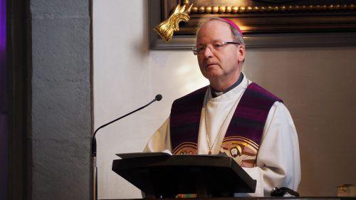 Bischof Benno Elbs predigte über seinen persönlichen Zugang zum Glauben. egle
