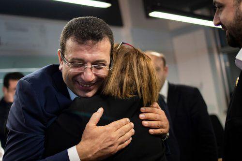 CHP-Kandidat Imamoglu lag um Haaresbreite vor AKP-Konkurrent Yildirim. AFP