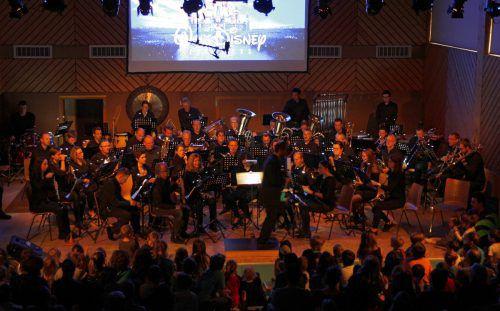 Der Musikverein St. Anton widmete sich beim Frühjahrskonzert dem Thema Walt Disney. Verein