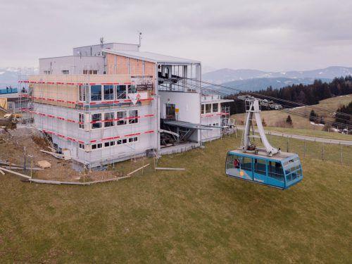 Der Seminarraum und die 360°-Panoramaterrasse werden im Juni eröffnet und sind auch für diverse Veranstaltungen buchbar. Anton Breuer