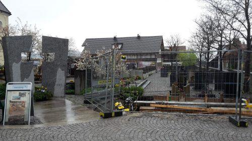 Die Arbeiten am Friedhof Nenzing wurden kürzlich gestartet. EM