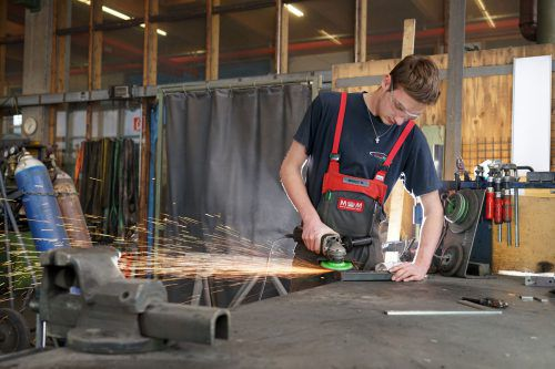 Die Auftragsbücher der Handwerker in ganz Österreich sind voll. Fachkräfte werden dringend gesucht.Berchtold