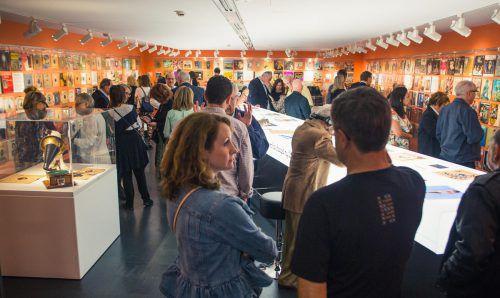 """Die Ausstellung """"Jukebox.Jewkbox. Ein jüdisches Jahrhundert auf Schellack & Vinyl"""" wurde nun in Sydney eröffnet. JHM"""