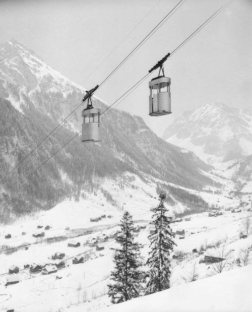Die futuristisch anmutende Niggenkopfbahn im Jahr 1956.