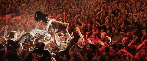 Die letztjährige Konzertreise der Toten Hosen wurde von fast einer Million Fans besucht. constantin film
