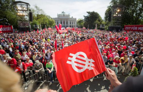 Die Regierung will der SPÖ heuer am 1. Mai Konkurrenz machen.APA