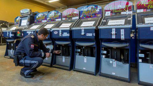 Die Sonderkommission (SOKO) Glücksspiel setzt ihre Kontrollen konsequent fort. VN/Paulitsch