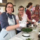 OGV zeigt, wie man mit Unkräutern kocht