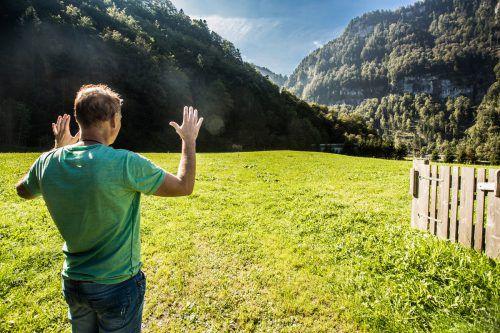 EC-Bregenzerwald-Obmann Guntram Schedler sieht die Wälderhalle bereits vor sich. Gebaut werden soll sie in der sogenannten Sporenegg-Kurve in Andelsbuch. VN/Steurer