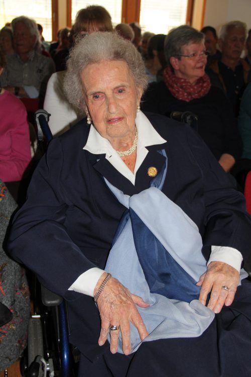Eleonore Schönborn lässt sich von ihrem hohen Alter nicht unterkriegen. Sie nimmt, wenn es möglich ist, gerne auch an Veranstaltungen teil. Stemer-Moosmann