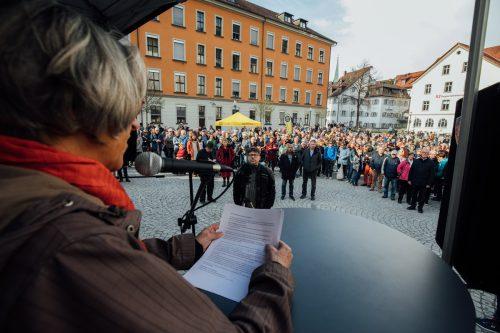 Erstmals fand die bereits traditionelle Sonntagsdemo in Feldkirch statt. Die Veranstalter stellten die Sozialpolitik in den Vordergrund.VN/Sams