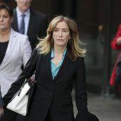 Huffman räumt Schuld in Bestechungsskandal ein