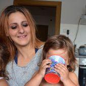 Krebskranke Mutter macht alles, um ihre Kinder zurückzubekommen. A6