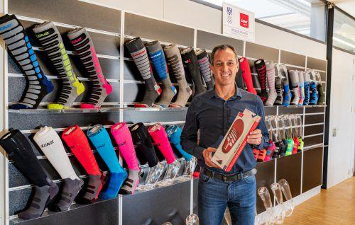 Geschäftsführer Stefan Lenz und sein Team setzen vor allem auf innovative Produkte wie beheizbare Socken oder Westen. VN/Stiplovsek