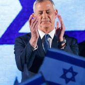 Herausforderer Gantz liegt knapp vor Netanjahu