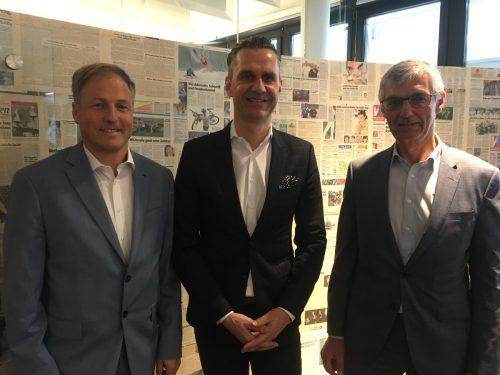 Greco-Regionalmanager H. Ganahl, Vorstand Ch. Repolust und Haftpflicht-Manager Th. Herndlhofer bieten Versicherung gegen Preputationsverlust VN/sca