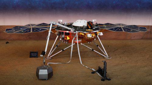 InSight wird mindestens zwei Jahre das Innere des Mars erforschen.