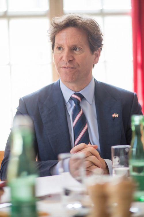 Interview mit US-Botschafter Trevor TrainaInterview mit US-Botschafter Trevor Traina