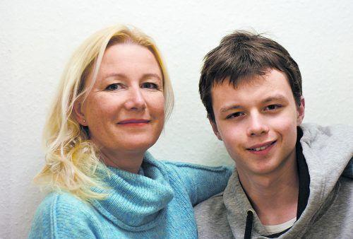 Irma Gerstenmayer und Sohn Oskar halten fest zusammen. Beide hoffen, dass es mit einem passenden Arbeitsplatz klappt.Gerstenmayer