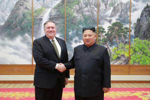 Jetzt gibt es zwischen Mike Pompeo und Kim Jong Un kein Händeschütteln mehr. afp