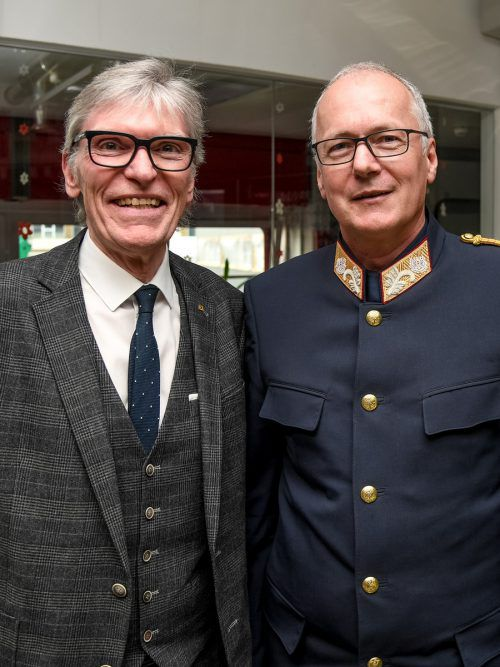 KSÖ-Vorstand Wilfried Hopfner (l.), LPD-Chef Hans-Peter Ludescher.