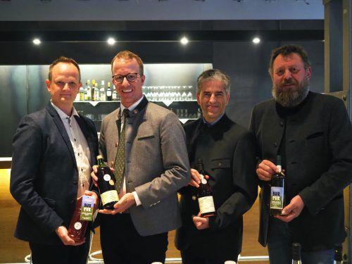 Marcel Strauß, LR Christian Gantner, Stefan Simma und Moster Armin Ebenhoch. Sie